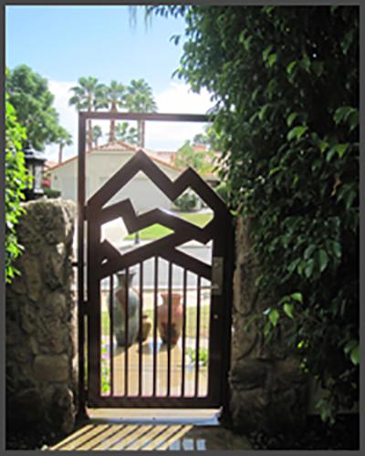 Single Open Gate